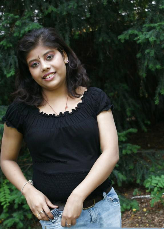 Chubby-Desi-Girl-Exposing-Boobs-In-Outdoor-1 - Tamilsexco - Tamil Sex Stories - Tamil -8248